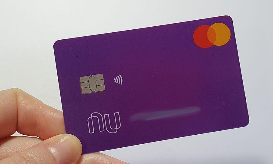 Como depositar e sacar dinheiro no Nubank